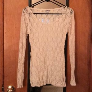 Flowered lace long sleeve